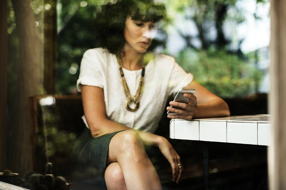 Coucher avec des femmes plus agées : comment s'y prendre ?